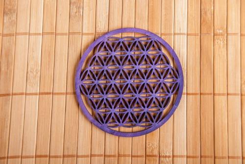 """,,Květ života"""" 9 cm - lila na zeď ze dřeva (Průměr 9 cm)"""